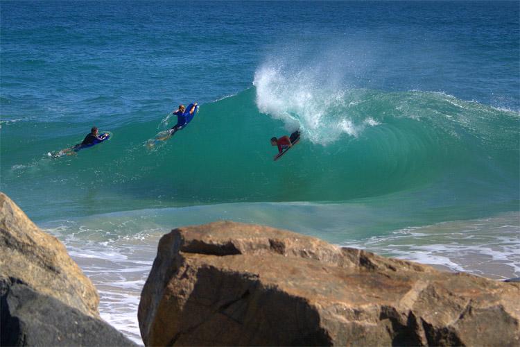 Mandurah Wedge: Montanha-russa contra a maré    Foto: Woolacott / Surf WA