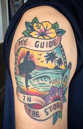 Tatuagem de bodyboard: meu guia na tempestade