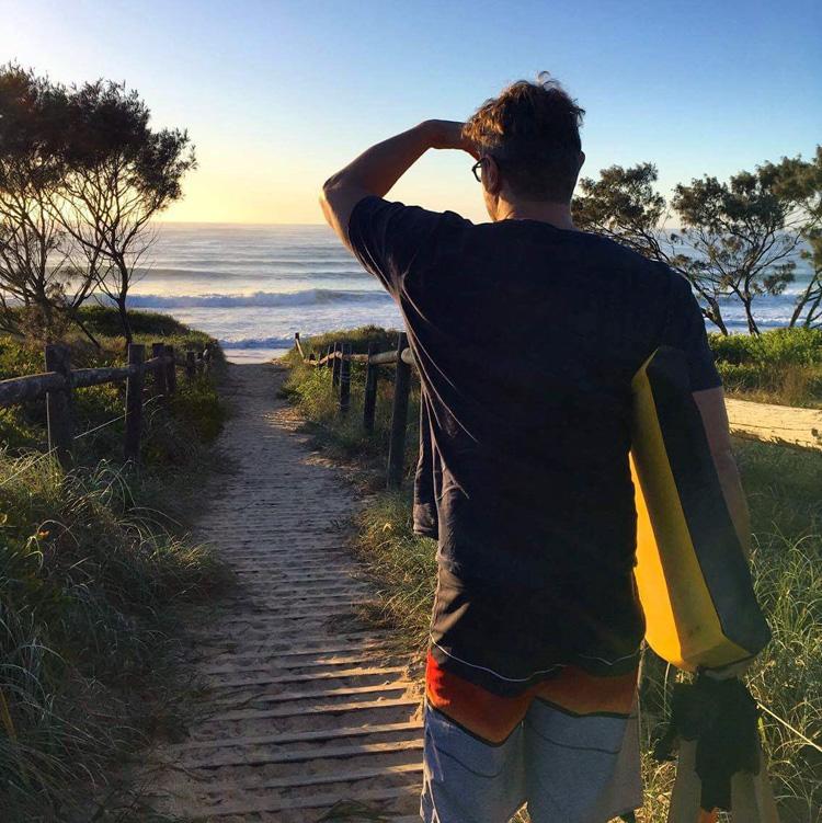 Damien Alexander: descubra o surfe em um de seus lugares favoritos Foto: Arquivos de Alexander