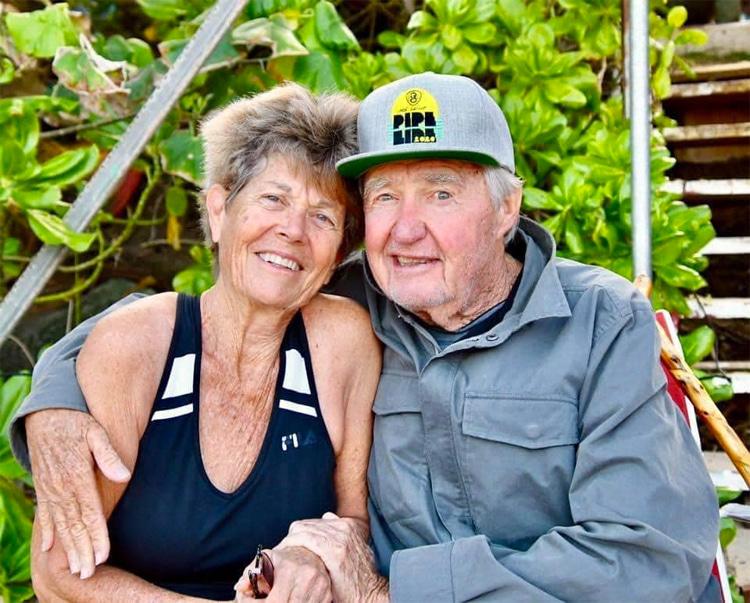 Marchia e Tom Morey: curtindo a vida juntos    Foto: história do bodyboard