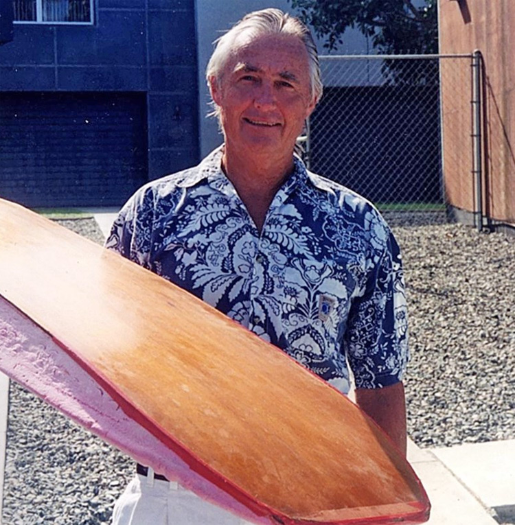 Tom Morey: Ele nunca parou de desenvolver novos equipamentos de surf.  Foto: Arquivos Morey