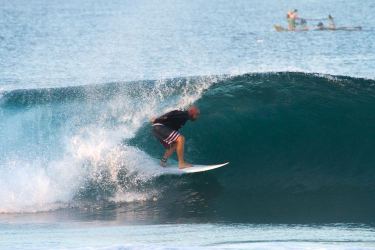 Terry McKenna: Ele também é um surfista experiente.  Foto: Arquivos McKenna