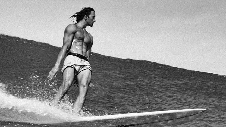 Barchi Quadros: um talentoso Aquário de Puerto Escondido nunca negligencia o estilo Foto: Yana Vaz