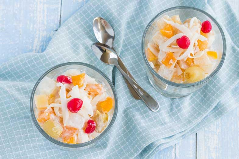 5 cafés da manhã com frutas saudáveis - Macedônia