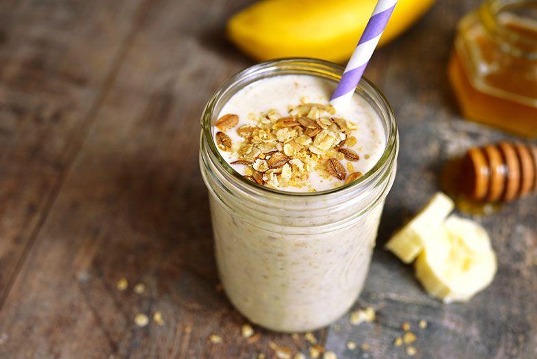 5 cafés da manhã de frutas saudáveis: kefir e vitamina de banana