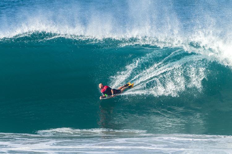 Bodyboard: a distribuição ideal de peso melhora a experiência das ondas. Foto: Shutterstock