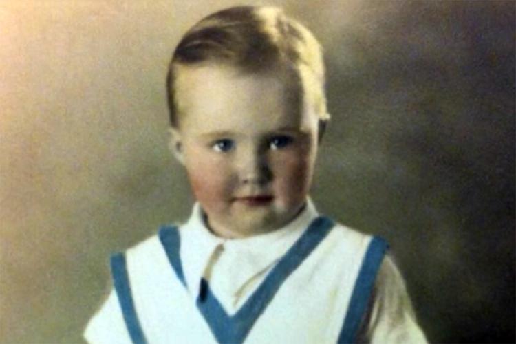 Tom Morey: Ele nasceu em Detroit em 1935