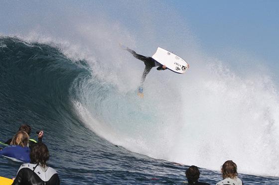Ryan Hardy: Ele mordeu o tubarão novamente