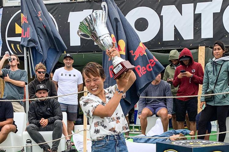 Sari Ohhara: o segundo bodyboarder japonês a ganhar o título do APB World Tour Foto: APB
